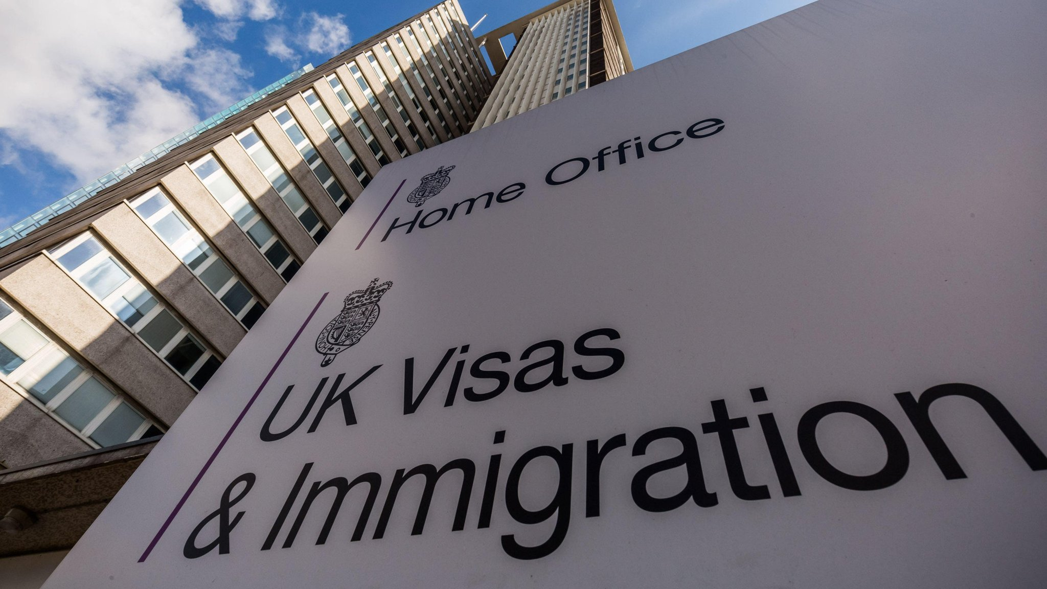 Home Office introduces new improved online services for UK